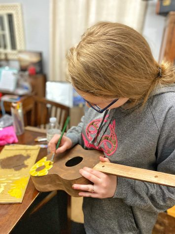 DIY Ukelele kit for crafty teen girls